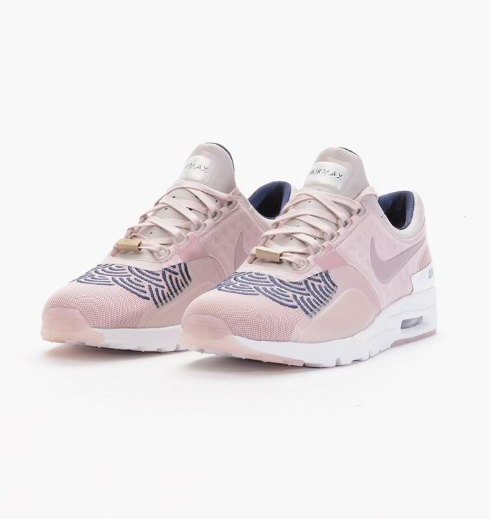 chaussure femme nike air max zero
